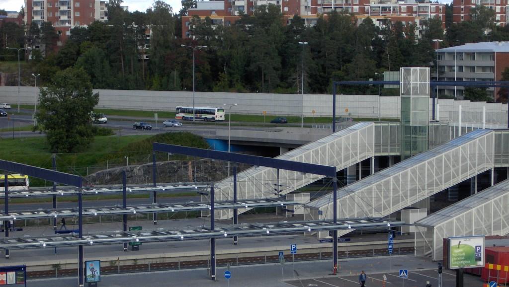 Metropolihallintoa tarvitaan rattkomaan pääkaupunkiseudun maankäyttö sekä asunto ja liikennekysymyksiä näkee Vasemmistoliiton Pia Lohikoski Uudeltamaalta