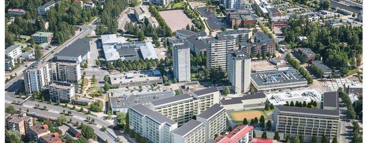 asuntopoliittinen linja oikea, mutta kunnianhimoa kaivataan näki vasemmistoliiton vasltuustoryhmän puheenjohtaja Pia Lohikoski