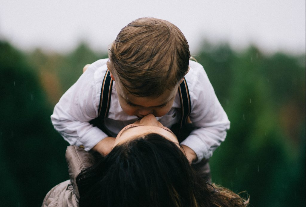 ienten lasten äidit syrjäytetään päätöksenteosta, kirjoittaa Pia Lohikoski Vasemmistoliitto